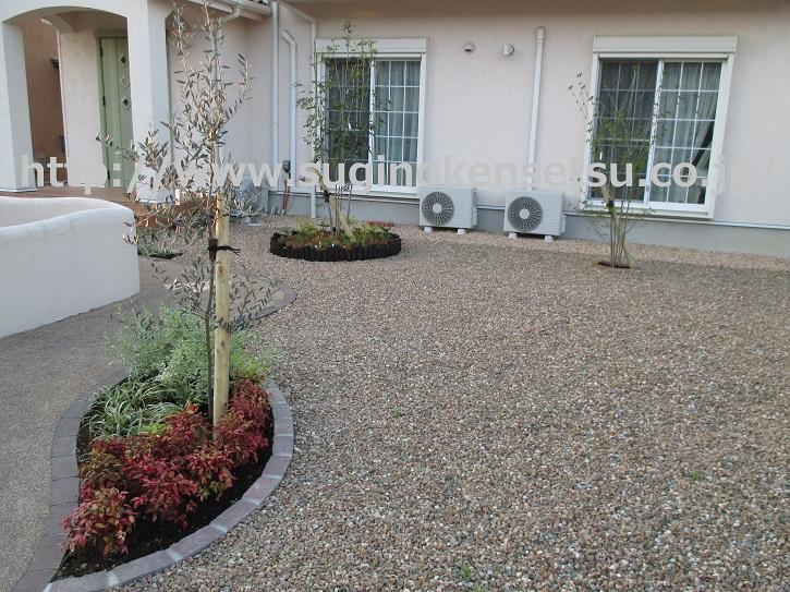 ガーデン工事2