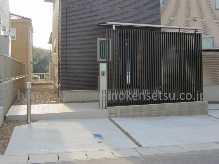 施工後 玄関周り/機能門柱・照明(ポールライト)