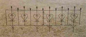 設置が簡単な花壇フェンス『イージーフェンス1007』